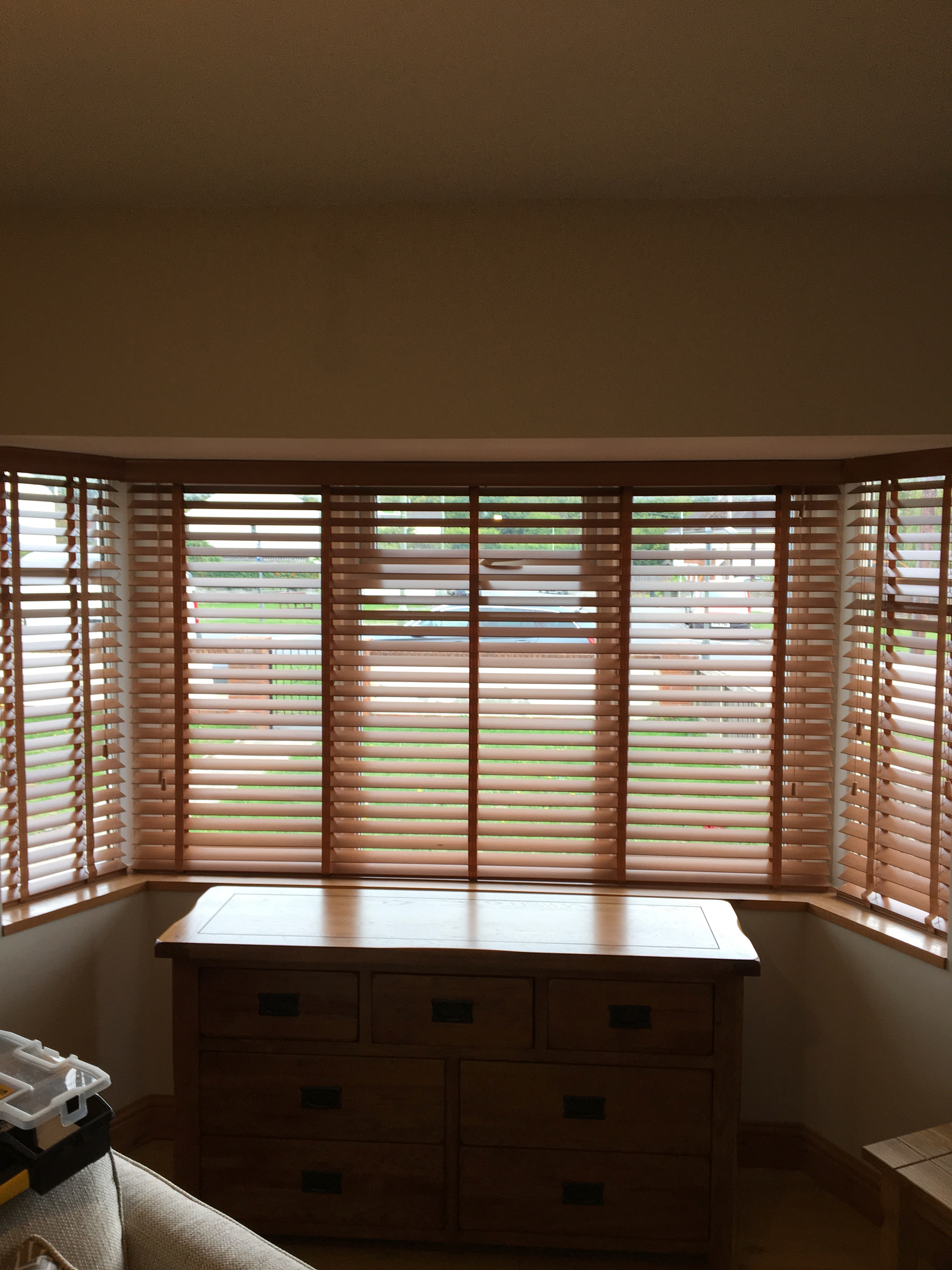 Wood Venetians – white or wood coloured? Featured Image